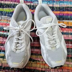 Reback woman's DMX Foam Gray white walking sneaker